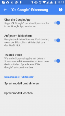 In der neuesten Version der Google-App funktioniert das Trusted Voice Feature auch auf Deutsch.
