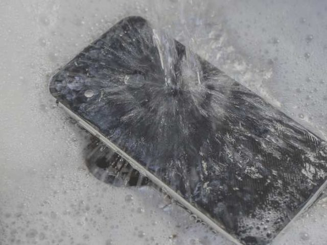 Cat S52_rinse with water | android-User.de